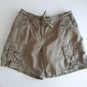 J.Crew Favorite Fit Army Green Cargo Shorts